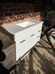 Bathroom vanity Box Hill The Hills District Preview