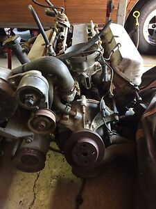 Ford 5.0/302 Mustang Complete EFI engine