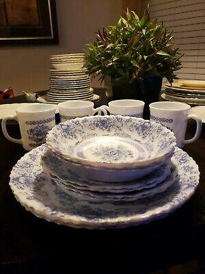 Antique Arcopal Honorine China Dinnerware Set 14 pc