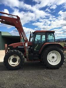 Tractor  Newholland M100 6 cly 4wd challange loader Sydney City Inner Sydney Preview