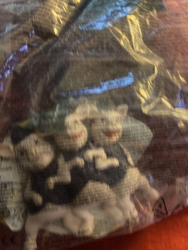 2010+3+Little+Pigs+Dreamworks+McDonald%E2%80%99s+Toy