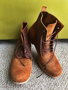 Men's  J D Fisk  Suede / Leather Boots - size 9 / gently used