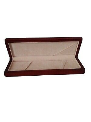 Wooden Presentation Gift Box Jewelry Chain Necklace Bracelet Display Case Holder Necklace Present Gift Box Case