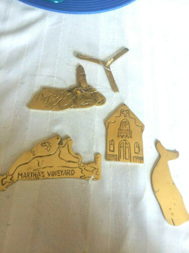 POINTS OF VIEW BY PIKWARE BRASS LANDMARK WINDCHARMS & GIFTS ~MARTHA