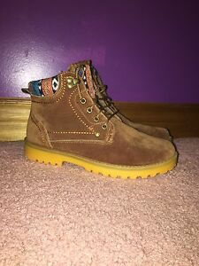 Women's Suede Hiking Boots