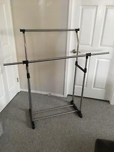 Clothing/jacket rack