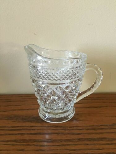 VTG ANCHOR HOCKING WEXFORD CUT GLASS CREAMER 1 PINT CREAMER/SYRUP PITCHER