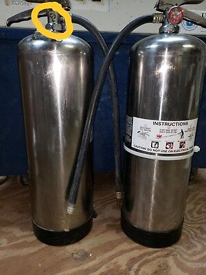 Water Fire Extinguisher 2.5 Gal Whydro Test Wow Look At All The Xtras