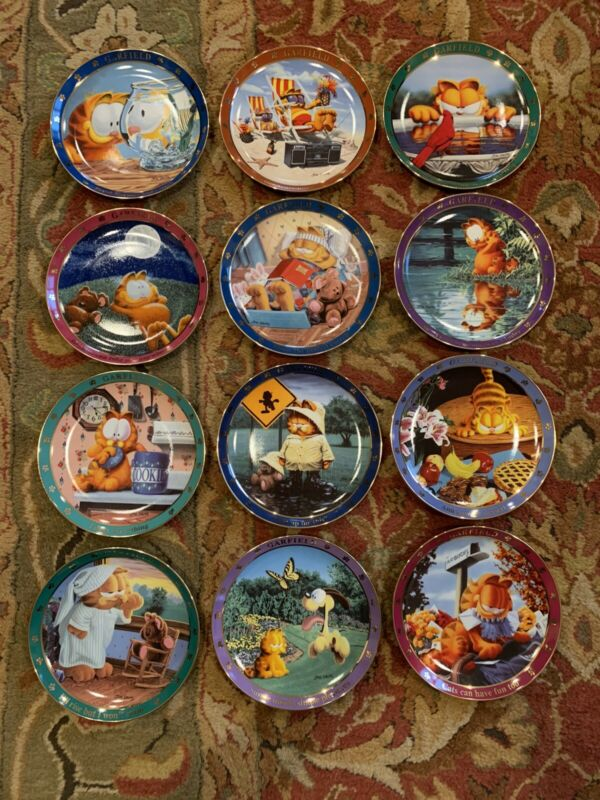A Day With Garfield; Danbury Mint FULL 12 PLATE SET; Limited Edition; GREAT GIFT
