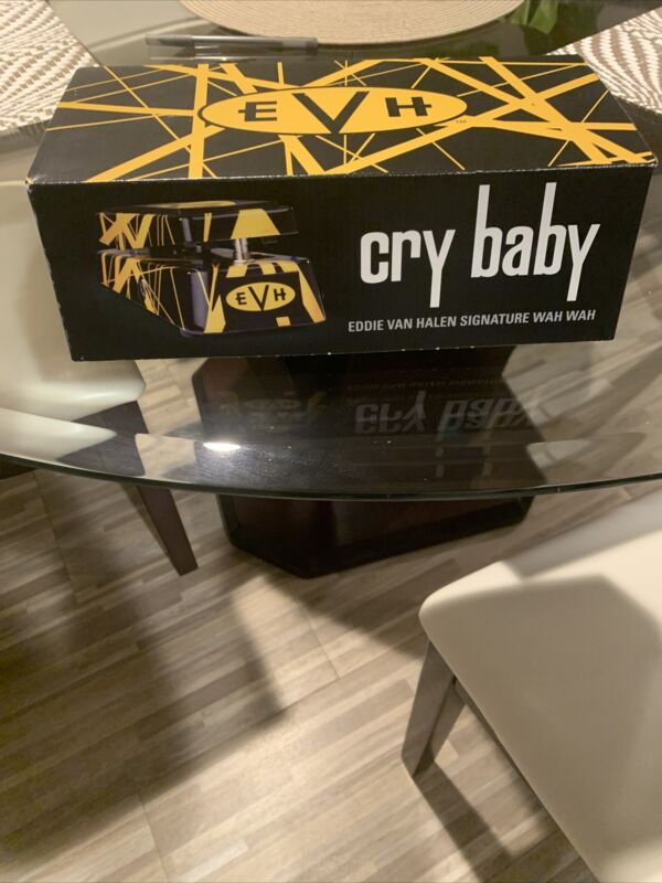EVH Dunlop Crybaby Guitar Effects Pedal