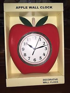 RED APPLE KITCHEN WALL CLOCK NEW EASY READ NUMBERS SECOND HAND