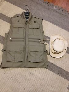 TILLEY Vest and hat