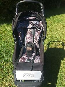 Limited Edition Mountain Buggy Swift Pram and Bassinet Saratoga Gosford Area Preview