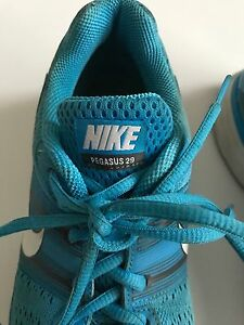Nike Running Shoes Pegasus 2 9 (blue) Cambridge Kitchener Area image 3