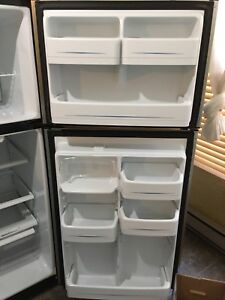 Stainless steel fridge 30i / refrigerateur stainless 30 po.