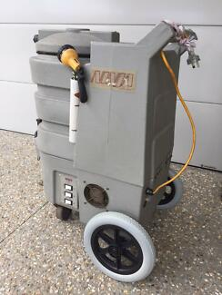 CARPET CLEANING MACHINE 4 SALE or RENT $220 24 hrs