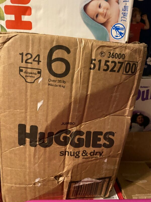 Huggies Snug & Dry Diapers, Size 6(124 Count)