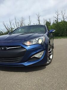 2015 Hyundai Genesis coupe 3.8 V6 fully loaded MINT!