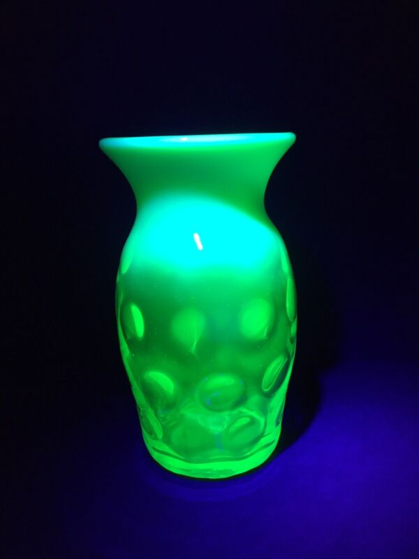 Beautiful Vintage Gibson Glass Green Opalescent Thumbprint Vase~ Vaseline Glass