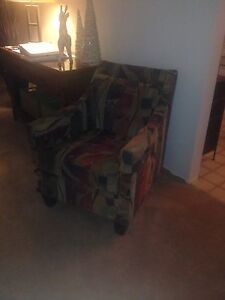 Funky and unique  low back chair  Kitchener / Waterloo Kitchener Area image 3