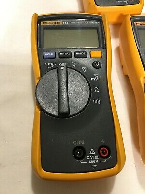 Fluke 114 Compact Electrical True Rms Digital Multimeter Lightly Used-no Cables