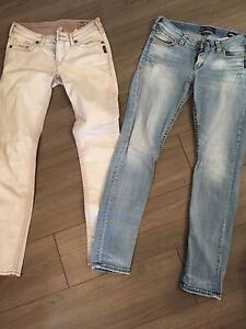Silver size 28x31 (skinny/ankle jeans)