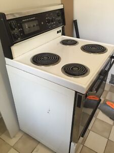 GE Electric Stove - White