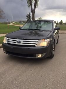 2008 Ford Taurus 159kms, auto, $6000