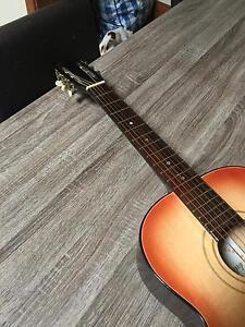 Acoustic guitar Kew Boroondara Area Preview