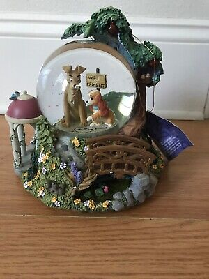 DISNEY's Lady and the Tramp Wet Cement Musical Snow Globe - Bella Notte