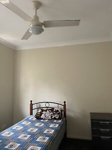 A room for rent available for single girl in Runcorn $120