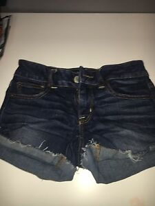 Woman's American eagle jean shorts
