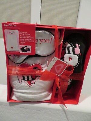 Dachshund Dog Valentine Spa Gift Set - NEW - Bath Wrap ~ Slippers ~ Eye Mask