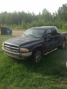 Dodge Dakota 4x4 V8 sport trade for dirtbike