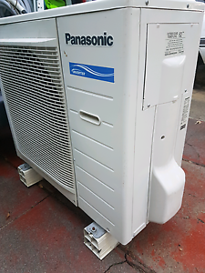 Panasonic 6kw reverse cycle split system Bicton Melville Area Preview