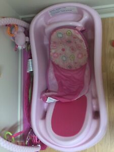 Baby bath with insert