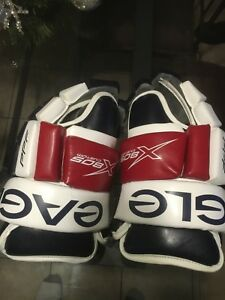 Hockey gloves eagle