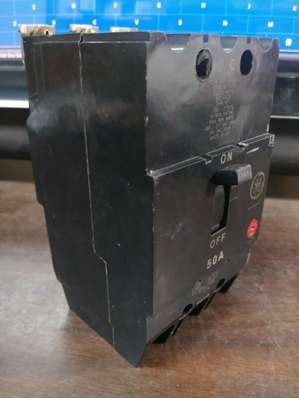 GE GENERAL ELECTRIC TEY350 CIRCUIT BREAKER 50 AMP 480 VAC 3 POLE NEW TAKE-OUT