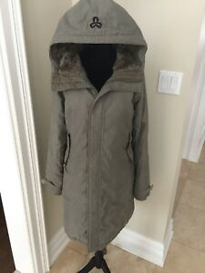 ARITZIA TNA ASPEN Parka Long olive green Size medium