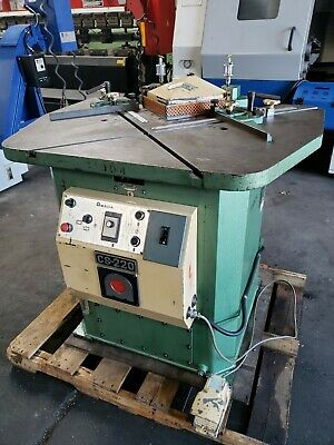 Amada Cs-220 Hydraulic Corner Notcher. Cream Puff