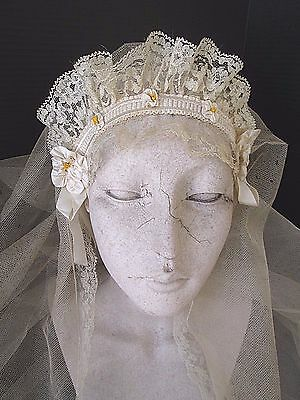 EXQUISITE 1940/50's VINTAGE WEDDING BRIDAL LACE HEADPIECE W/NET VEIL