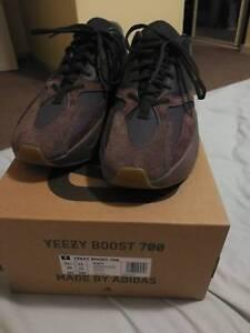 18682ef4be5ad Adidas Yeezy 700 boost mauve Us11. 5
