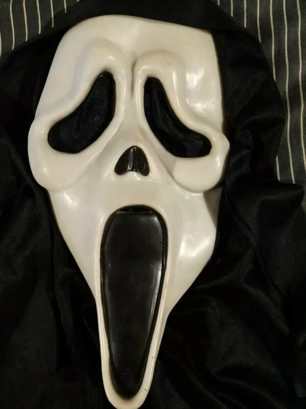 Scream Mask Fearsome Faces Fun World  Ghost Face Rare