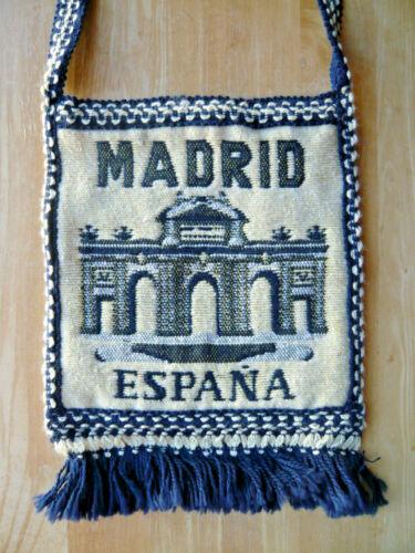 Vintage souvenir shoulder bag purse woven Madrid Espana 1980s