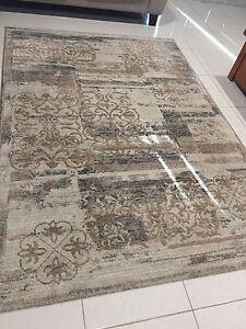 Patterned rug Middleton Grange Liverpool Area Preview