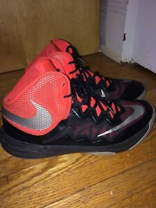 Size 9 Mens Basketball Shoes- NIKE Prime Hype DF ||