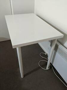 LINNMON / OLOV Ikea Office Table / Desk (Excellent Condition)
