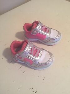Toddler light up sneaker