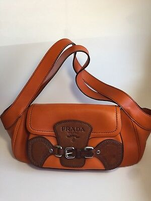 BRAND NEW AUTHENTIC LEATHER MEDIUM HOBO BAG