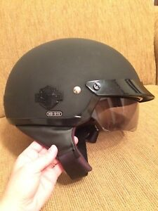 Small Harley Davidson Cross Roads 1/2 Helmet